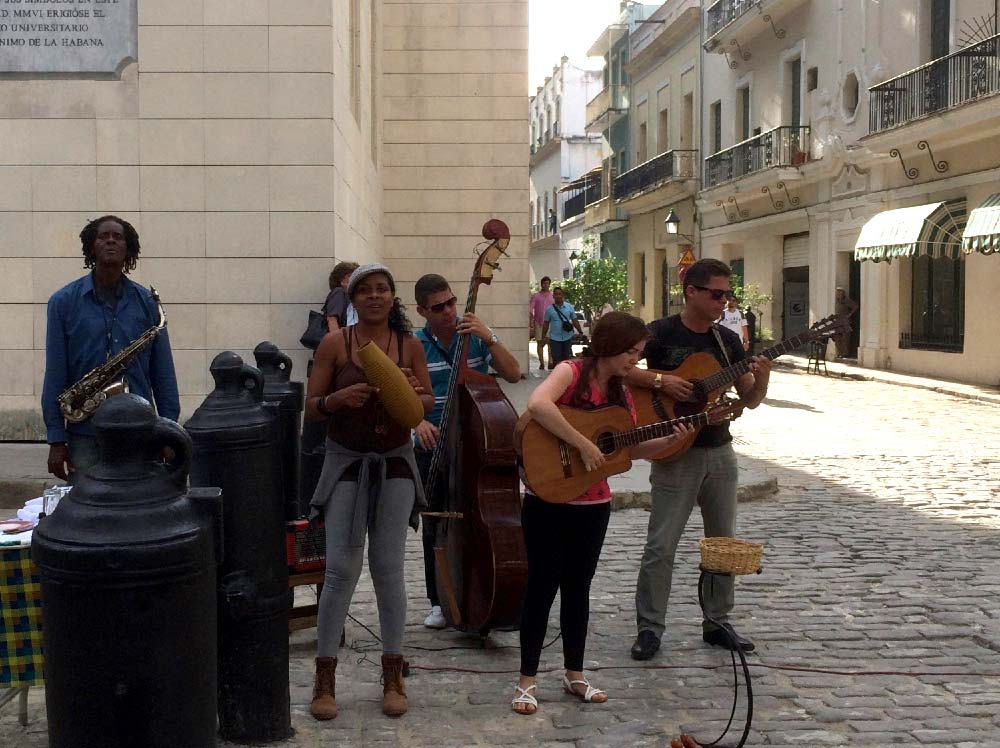 Cuba-1000-web-Joelle-Aubry---IMG_1371