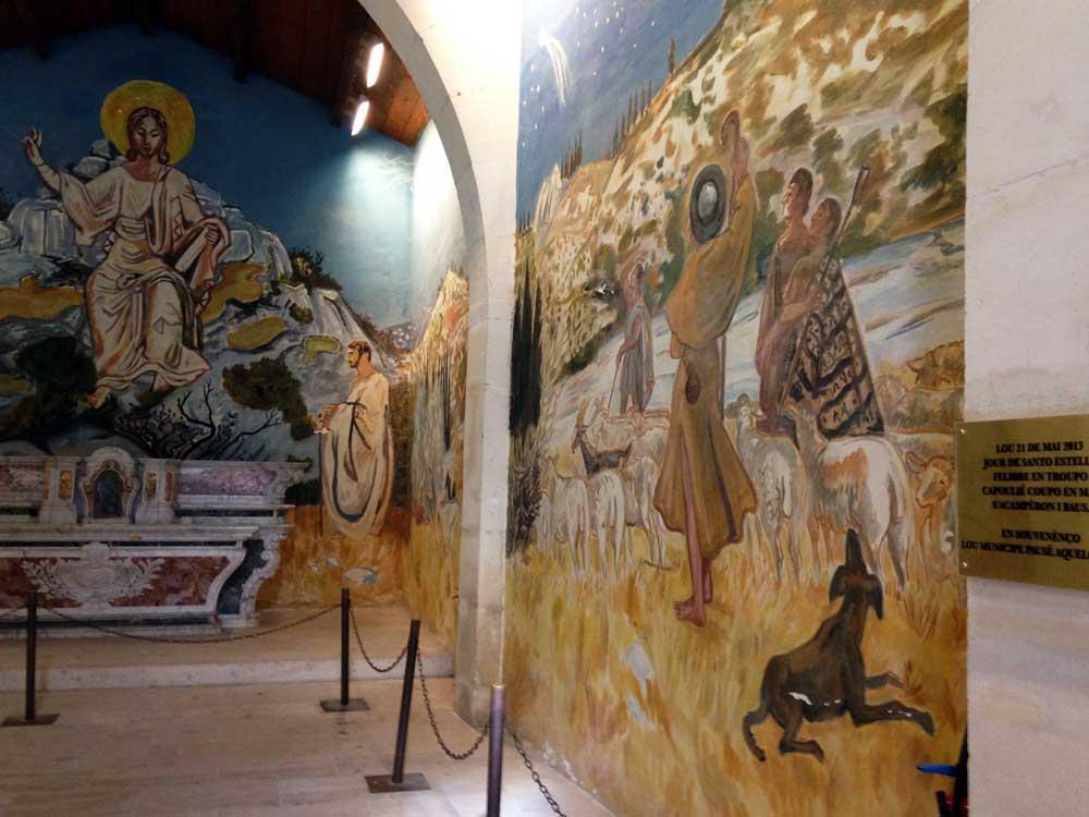 Joelle-Aubry---Chapelle-des-Penitents-Blancs-Les-Baux-de-Provence-1000-web